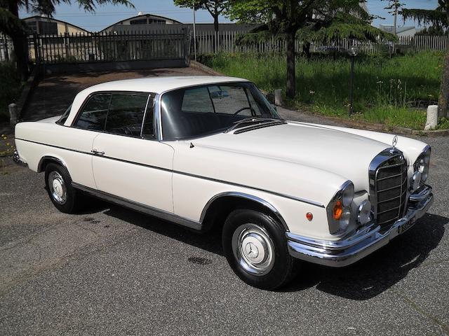 1967 Mercedes-Benz 330 SE Coupe  Chassis no. 11202112009777
