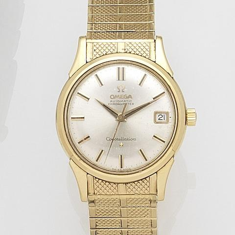 Omega. An 18ct gold automatic calendar bracelet watch Constellation, Ref:886, Case No.152995, Movement No.18311862, Circa 1961
