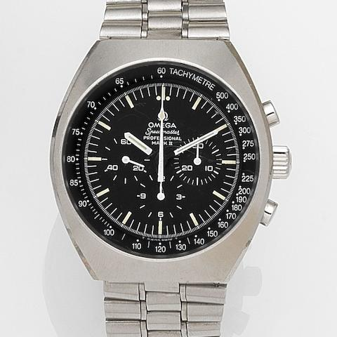 Omega. A stainless steel manual wind chronograph bracelet watch with box Speedmaster Professional Mark II, Ref:145.014, Movement No.29635470, Circa 1970