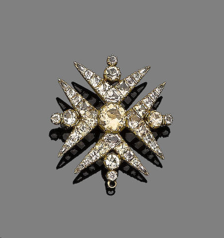 An early 19th century topaz Maltese cross brooch/pendant