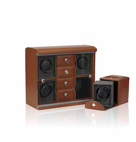 Underwood. A fine leather modular watch winder with four rotorsRef:UN842TAN, Sold in January 2003