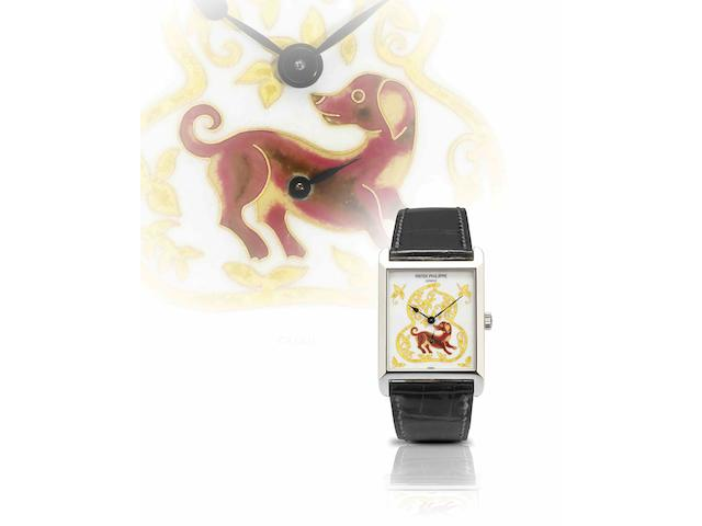 Patek Philippe. A very rare and important platinum polychrome cloisonné enamel manual wind wristwatchYear of the Dog, Ref:5076, Case No.4380911, Movement No.3355548, Sold in March 2007