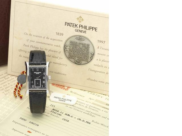 Patek Philippe. A very fine and rare limited edition commemorative platinum manual wind wristwatchPagoda, Ref:5500, Case No.4014085, Movement No.1858863, Limited Edition of 150, Circa 1997