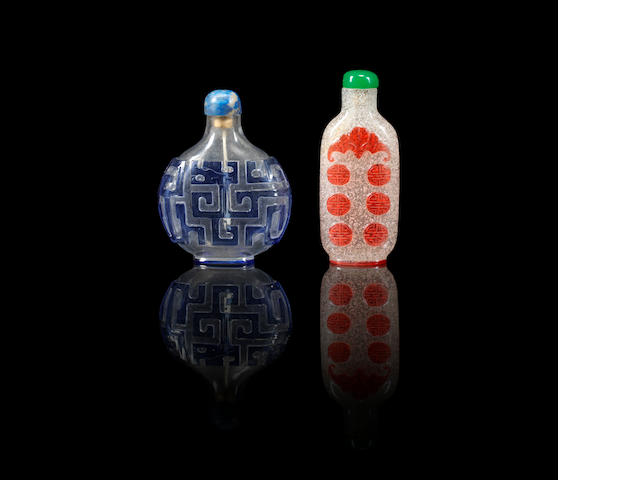 Two overlay glass snuff bottles Qing dynasty, 1780-1840