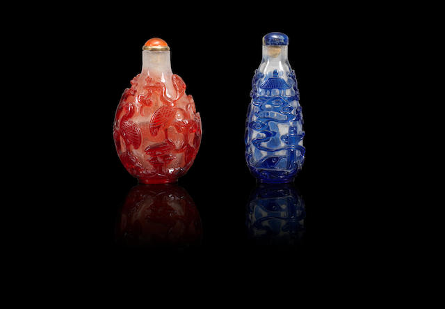 Two overlay glass snuff bottles Qing dynasty, 1800-1900