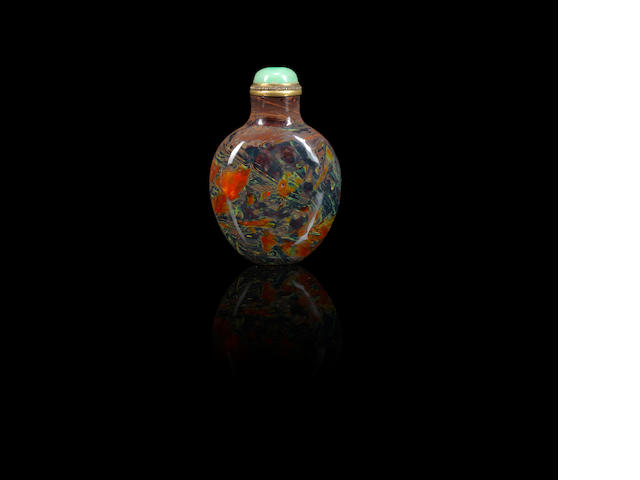 A 'realgar-glass' snuff bottle Qing dynasty, 1720-1840