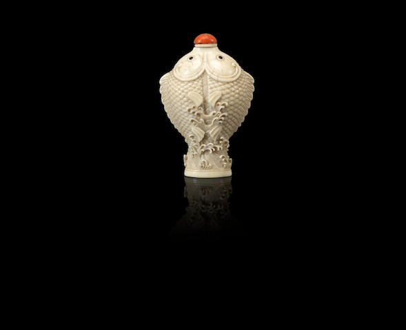 A carved ivory 'conjoined fish' snuff bottle Imperial Master, Japan, 1854–1910