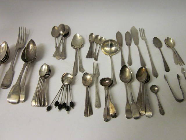 Four silver fiddle pattern dessert spoons,  by James Round, Sheffield 1902,   (Qty)