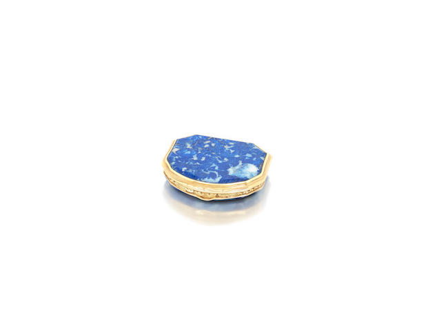 An 18th Century lapis lazuli and gold mounted snuff box engraved Gouers Paris to the rim, by Daniel Govaers, Paris circa 1730