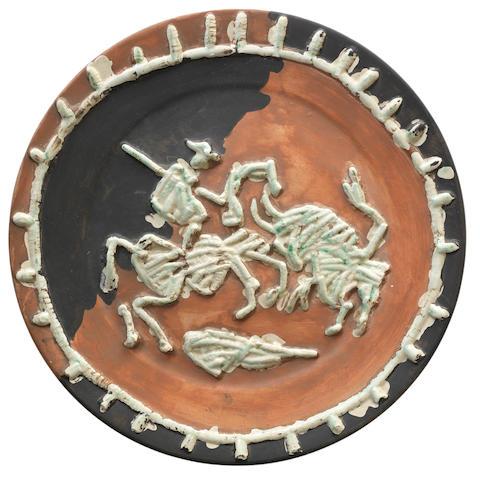 Pablo Picasso (1881-1973) Picador et taureau 42.5cm (16 3/4in) diameter