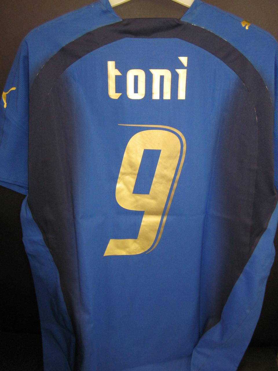 2006 Luca Toni match issued Italy shirt