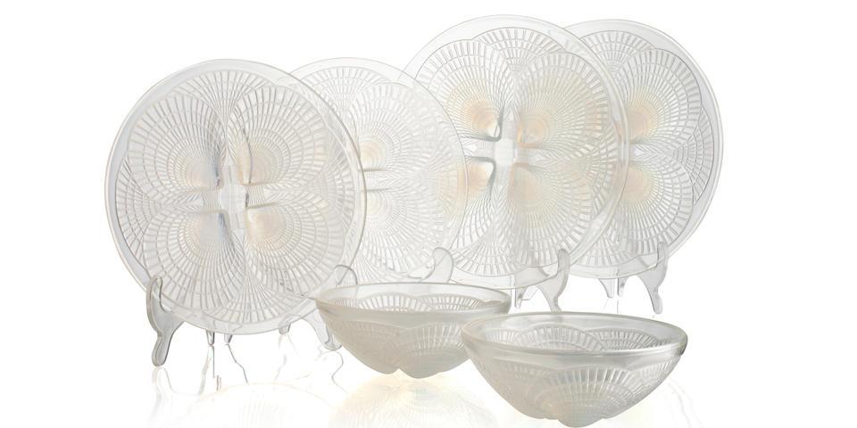 A Lalique 'Coquilles' opalescent dessert set