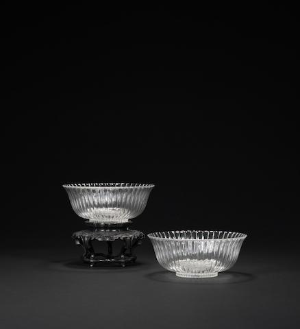 A pair of glass 'chrysanthemum' bowls  Qing dynasty