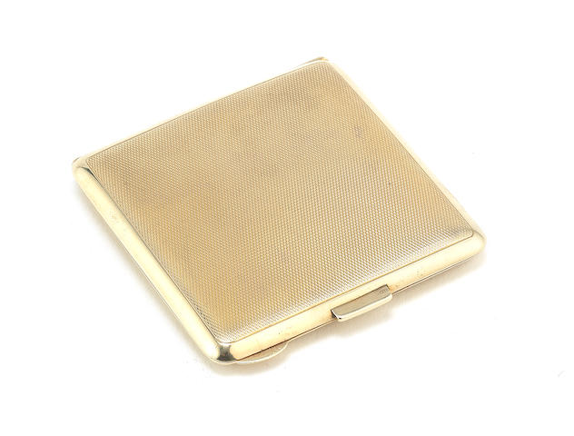 A 9 carat gold compact by Turner & Simpson, Birmingham 1939