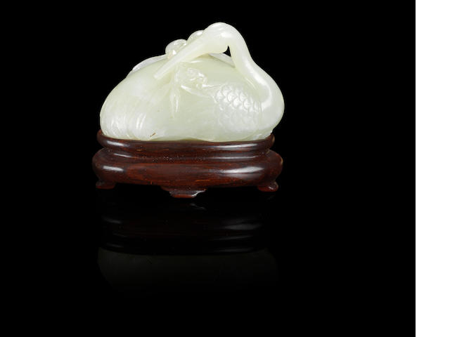 A white jade figure of a crane Qianlong