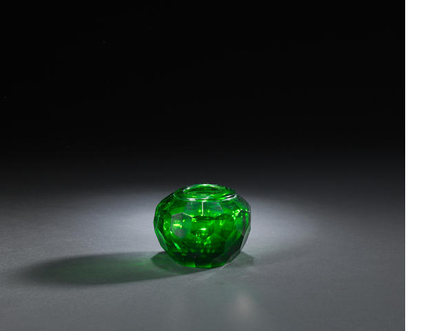 A green glass faceted jarlet Qianlong
