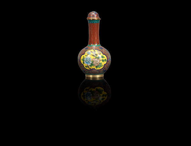 A gilt-bronze and cloisonne-enamelled 'tianqiuping' snuff bottle Qing dynasty