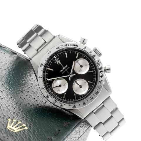 Rolex. A fine stainless steel manual wind chronograph bracelet watch with Rolex box Cosmograph, Ref:6239, Serial No.107****, Circa 1963