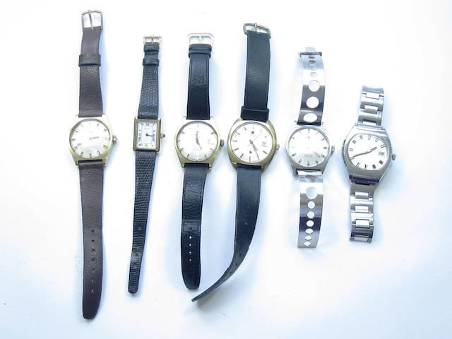 A collection of watches (6)