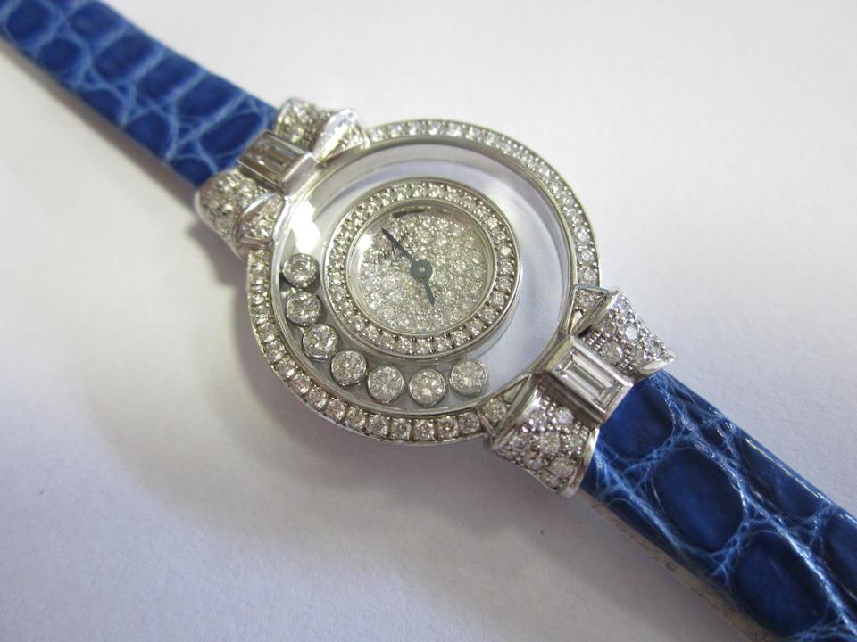 Chopard. A lady's 18ct white gold diamond set quartz wristwatchHappy Diamonds, Ref:2075020-4097/1, Case No.556488, Circa 2000
