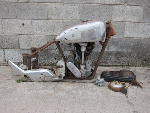 Property of a deceased's estate c.1951 Norton 490cc ES2/International, Frame no. 4 41994 Engine no. D11 23973