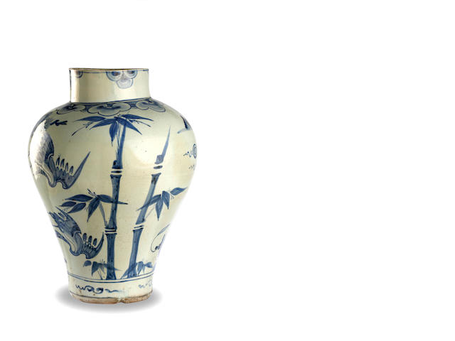 A large Korean blue and white storage jar mid to late Joseon dynasty