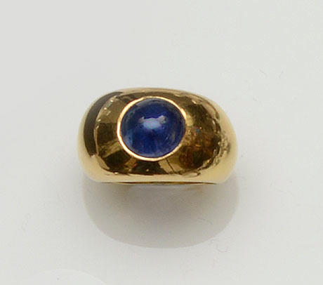 A sapphire signet ring