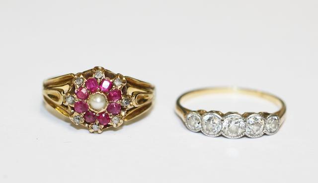 Two gem set rings, (2)