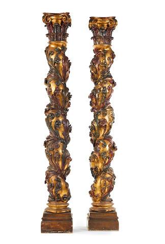 pair of columns - Spanish (?)