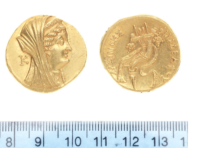 An Egyptian gold Octodrachm