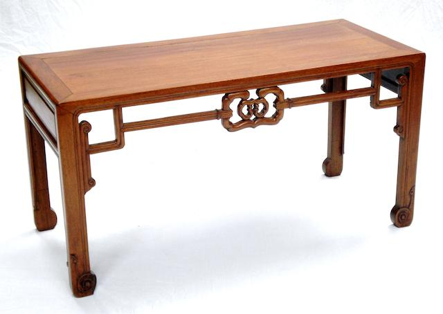 A low huanghuali table Qing