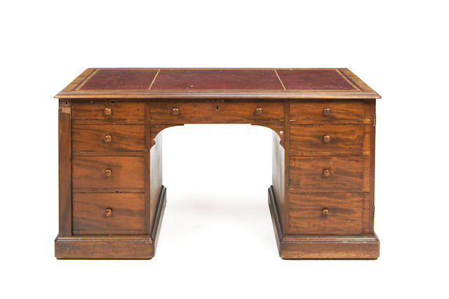 A William IV mahogany pedestal desk by Gillows