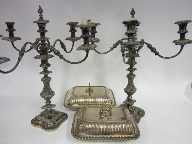 A matched pair of electroplated entree dishes  (4)