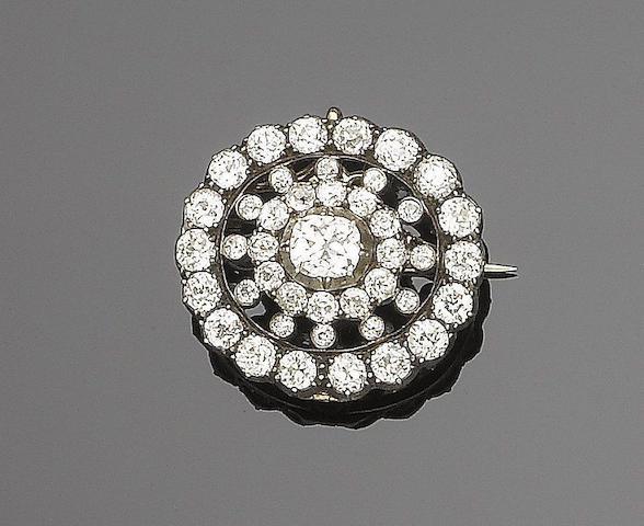 A diamond target brooch/pendant,