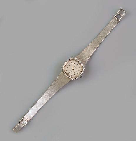 Zenith: A lady's 18ct white gold and diamond set wristwatch