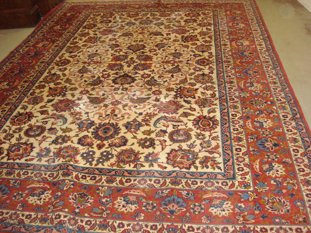 An Isfahan carpet, Central Persia, 373cm x 280cm
