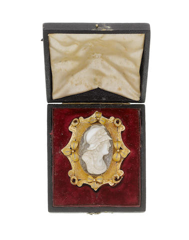 A mid 19th century gold and hardstone cameo brooch (illustrated above)