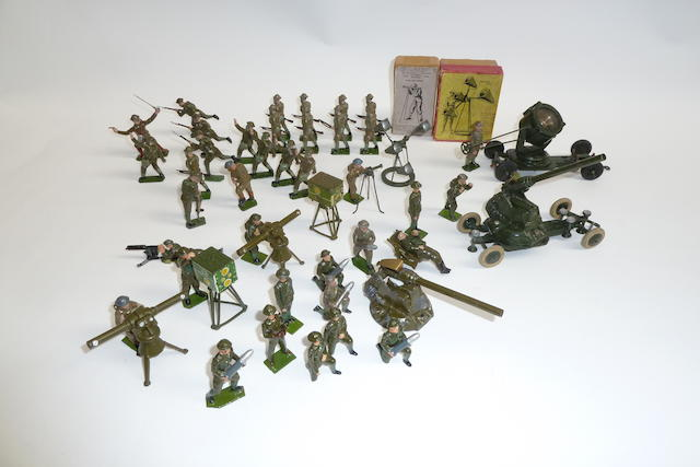 Britains Anti-Aircraft and troops in gas masks 50