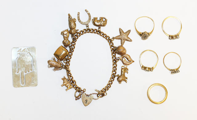 A collection of jewellery, (7)