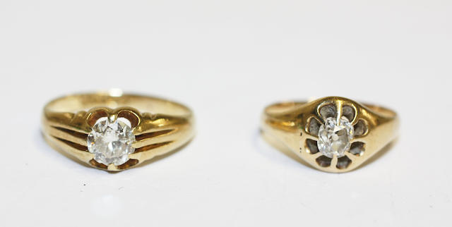Two diamond single stone rings, (2)