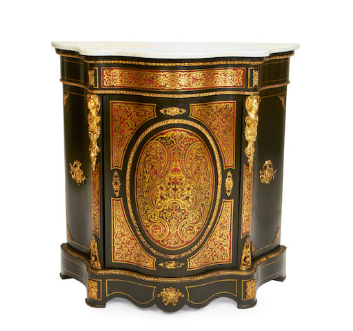 A 19th century gilt metal mounted tortoiseshell and brass 'Boulle' marquetry ebony serpentine commode à vantaux