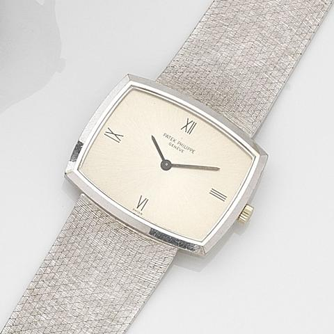Patek Philippe. An 18ct white gold manual wind bracelet watchRef:3528 1, Case No.2685385, Movement No.1164302, Circa 1968