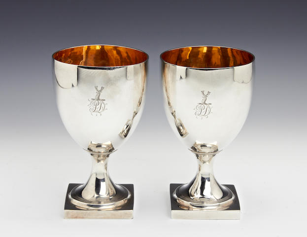 A George III silver pair of goblets by Solomon Hougham, London 1800   (2)