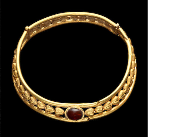 An East Roman gold necklet