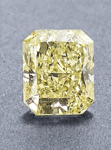 An unmounted yellow diamond
