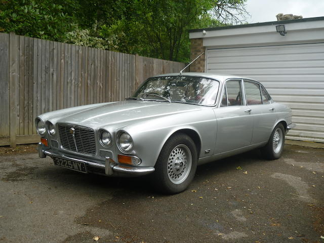 1970  Jaguar  XJ6 4.2-Litre Saloon  Chassis no. 1G6527DN Engine no. 7G1067885