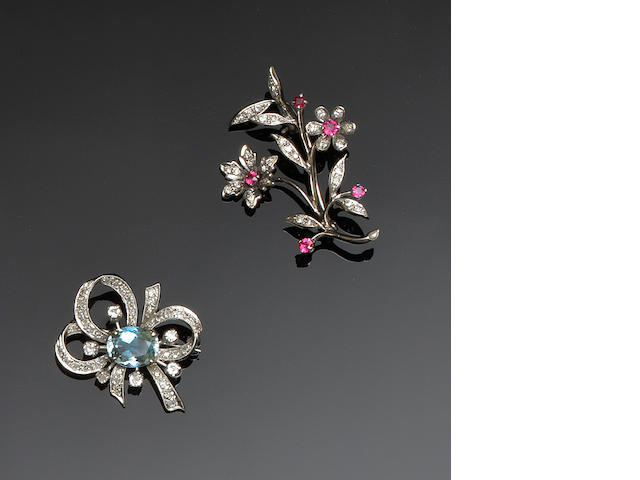 Two brooches and a ring (3)
