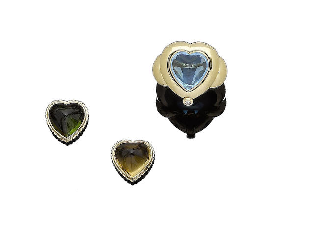 A gem-set dress ring (3)