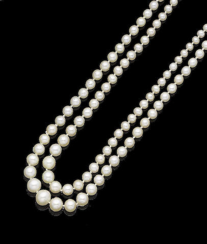 A double-strand pearl necklace