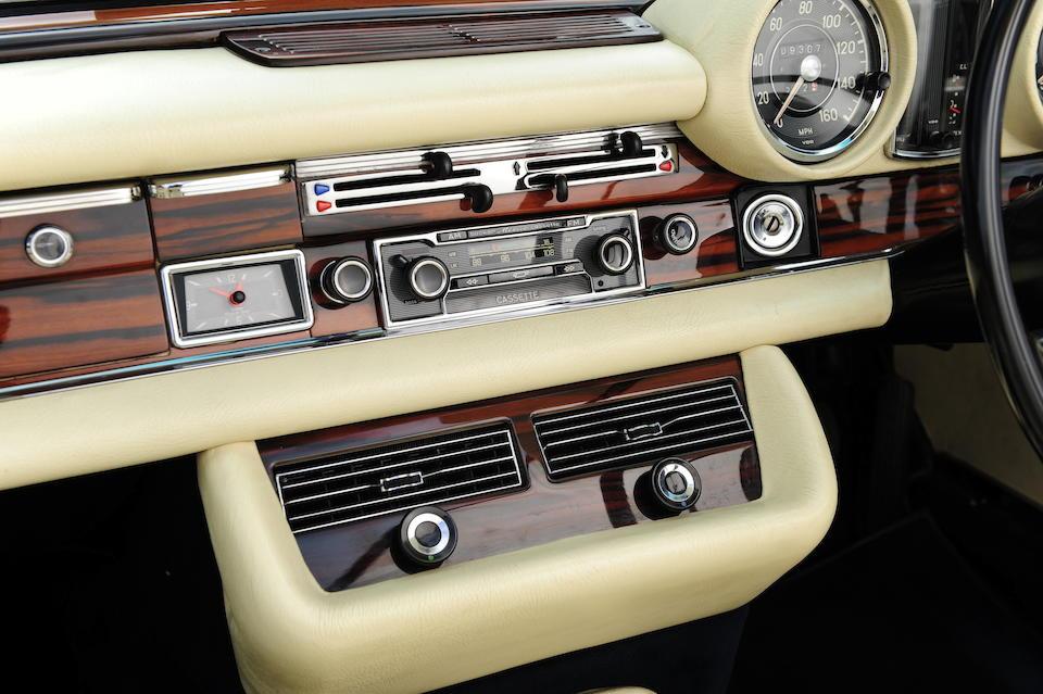 1970 Mercedes-Benz 280SE 3.5 Cabriolet  Chassis no. 111-027-22-000818 Engine no. 116-980-22-000487